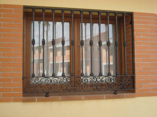 Rejas para ventanas y puertas - Rejas de forja antiguas ...